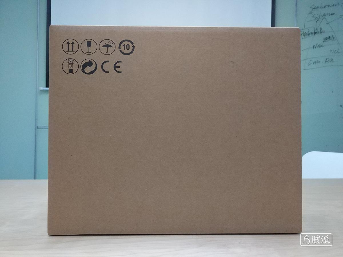 联想小新 Air 13 Pro 外面的纸箱
